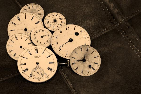 watches-1204696_1280